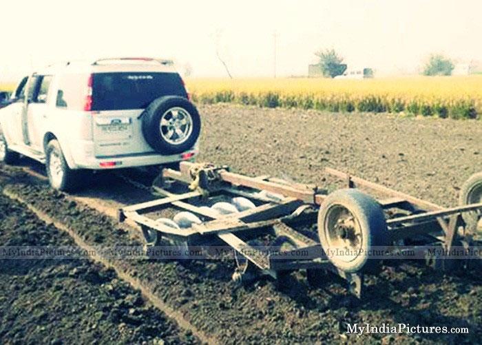 Farming-in-punjab-india-funny-desi-jugaad